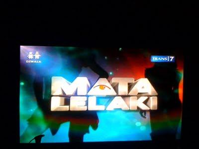 mata lelaki trans Lambang Illuminati/Freemason di Televisi Indonesia